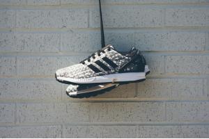 Adidas và Nike: giày thể thao nam nào khuấy hè sôi động