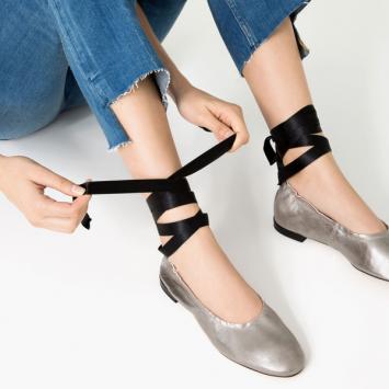 Tự làm giày lace up - đôi giày đơn giản mà siêu hot